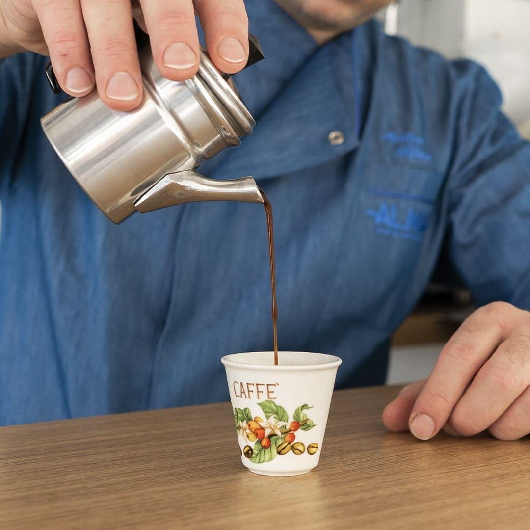 La cuccumella, la caffettiera napoletana
